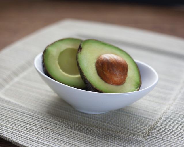 avocado-1712584_960_720.jpg