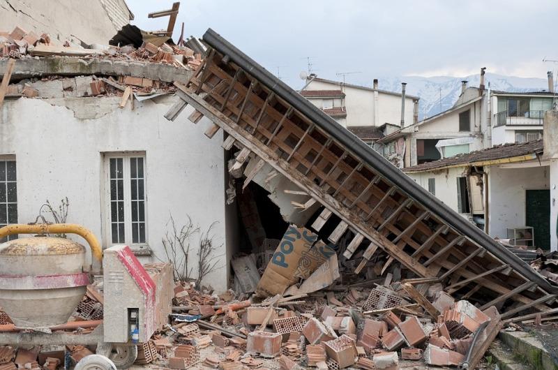 earthquake-1665886_960_720
