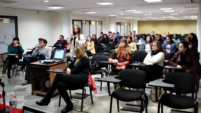 Conferencia Los medios de comunicación y su compromiso social y legal con la perspectiva de género. 1.JPG