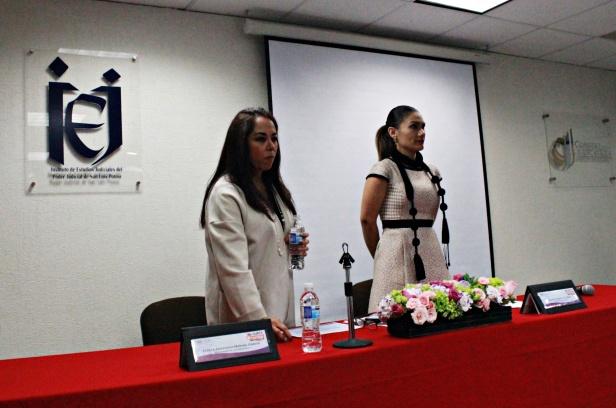 Magistrada Rebeca A. Medina García-licenciada Érika Velázquez Gutiérrez. 1.JPG