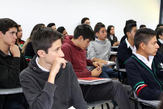 alumnos Cobach1.jpg