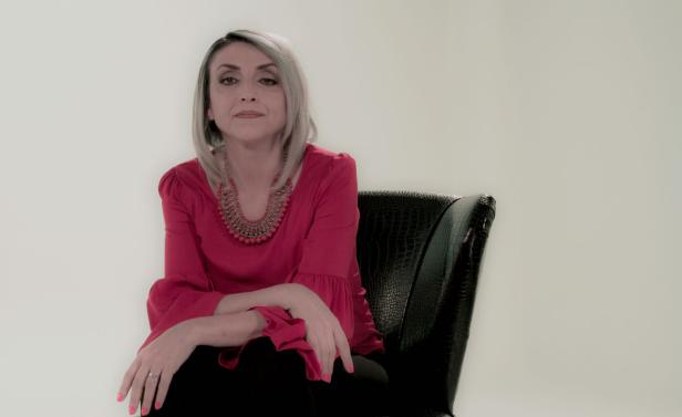 Fernanda Tapia2.png