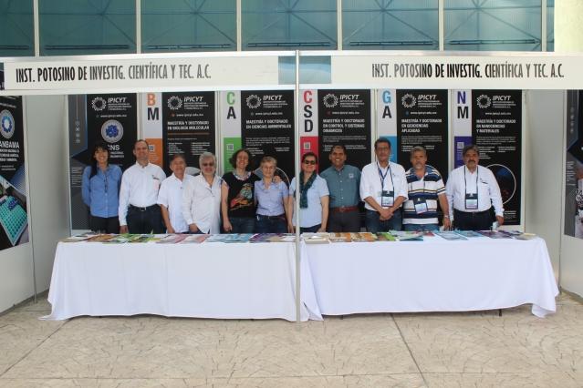 Feria de posgraduados IPICYT (1).JPG