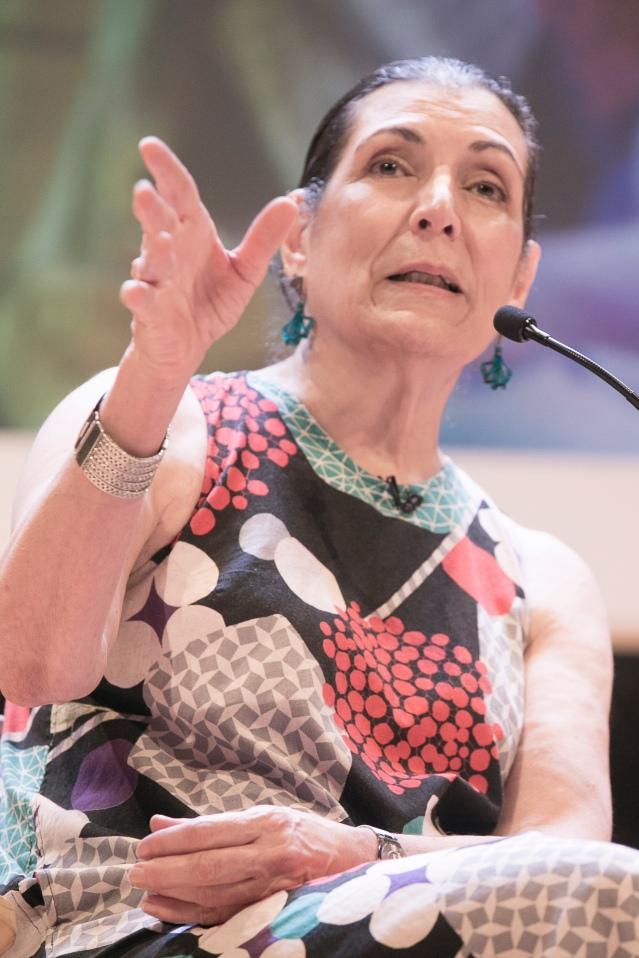 Alma Guillermoprieto por Joaquín Sarmiento (2).jpg