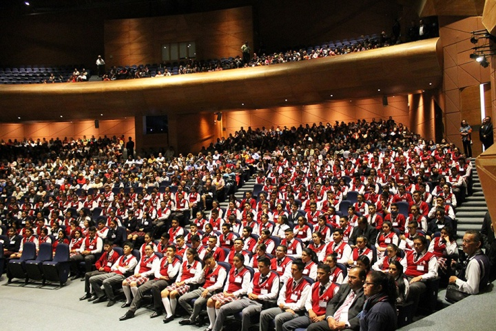 Graduaciones Cobach 2019-2020 (5).jpeg