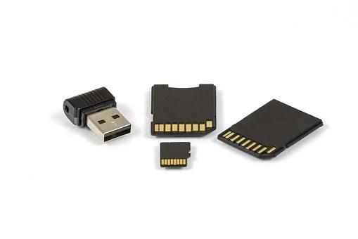 digital-storage-media-1444798__340.jpg